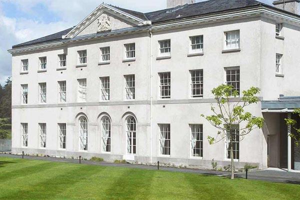Farnham-Estate