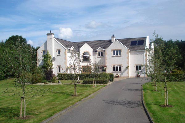 Dungimmon-House